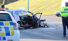 Auckland-Fatal head on crash at Red Beach