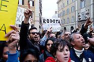 Roma 20 Aprile 2013.Proteste davanti a Montecitorio  del Movimento Cinque Stelle  per la rielezione di Giorgio Napolitano alla Presidenza della Repubblica .