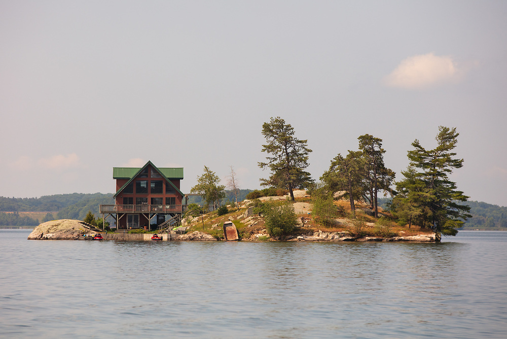 https://Duncan.co/small-island-in-lake-of-the-isles