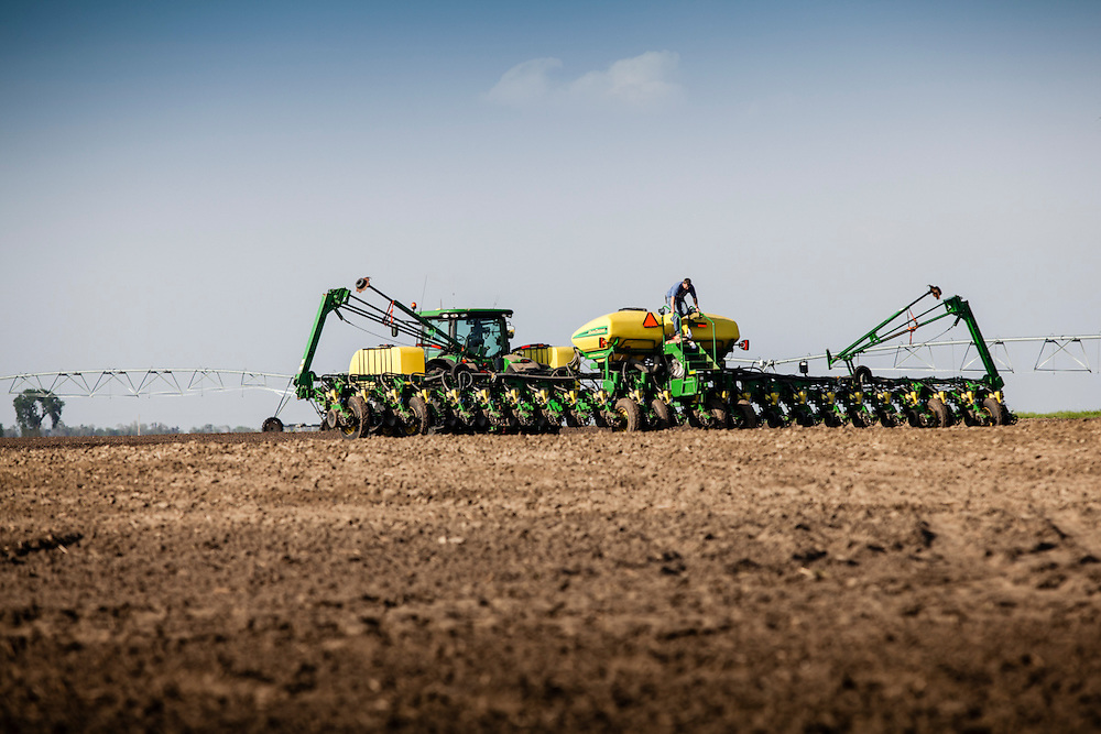 02 May 2012- Greg Nuttleman from Nuttleman's Farm is photographed planting in York, Nebraska for Swanson Russell Omaha.