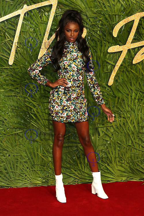 Leomie Anderson, The Fashion Awards 2017, The Royal Albert Hall, London UK, 04 December 2017, Photo by Richard Goldschmidt