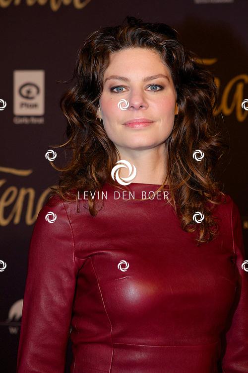 HAARLEM - In de Stadsschouwburg & Philharmonie Haarlem is de filmpremiere van Kenau gehouden. Met hier op de rode loper  Rifka Lodeizen. FOTO LEVIN DEN BOER - PERSFOTO.NU