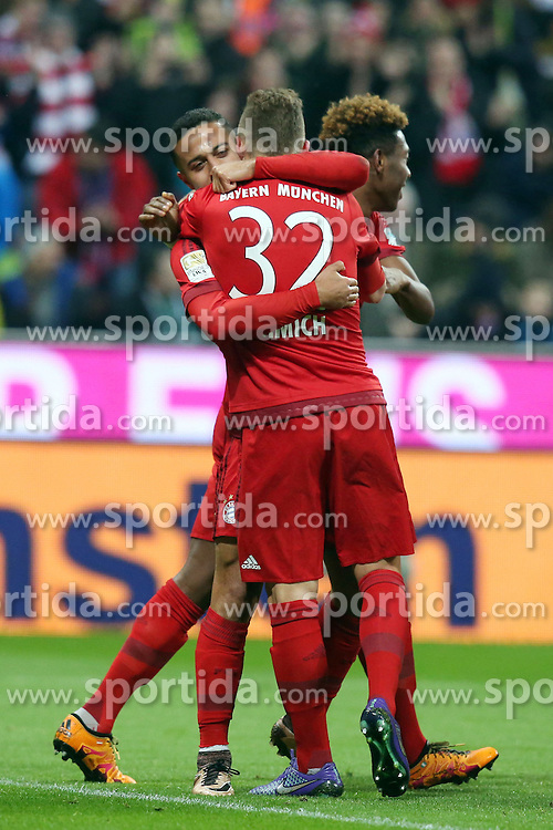 12.03.2016, Allianz Arena, Muenchen, GER, 1. FBL, FC Bayern Muenchen vs SV Werder Bremen, 26. Runde, im Bild Thiago Alcantara (FC Bayern Muenchen) Joshua Kimmich (FC Bayern Muenchen) nach dem 1:0 // during the German Bundesliga 26th round match between FC Bayern Munich and SV Werder Bremen at the Allianz Arena in Muenchen, Germany on 2016/03/12. EXPA Pictures &copy; 2016, PhotoCredit: EXPA/ Eibner-Pressefoto/ Langer<br /> <br /> *****ATTENTION - OUT of GER*****