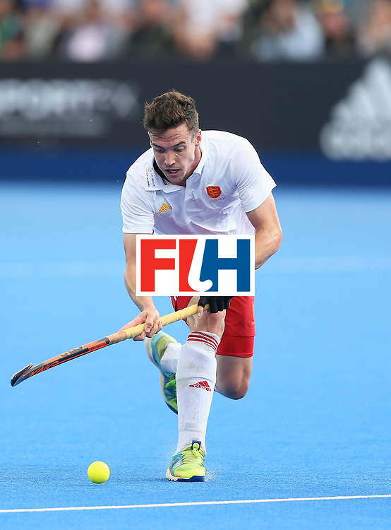 LONDON, ENGLAND - JUNE 24: Phil Roper of England in action during the semi-final match between England and the Netherlands on day eight of the Hero Hockey World League Semi-Final at Lee Valley Hockey and Tennis Centre on June 24, 2017 in London, England. (Photo by Steve Bardens/Getty Images)