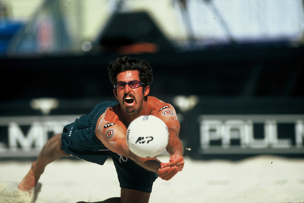AVP Professional Beach Volleyball - King of the Beach/Queen of the Beach - Las Vegas, NV - 2001 - Todd Rogers -  Photo by Wally Nell/Volleyball Magazine