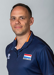 10-05-2018 NED: Team shoot Dutch volleyball team women, Arnhem<br /> Assistent Coach Eelco Beijl