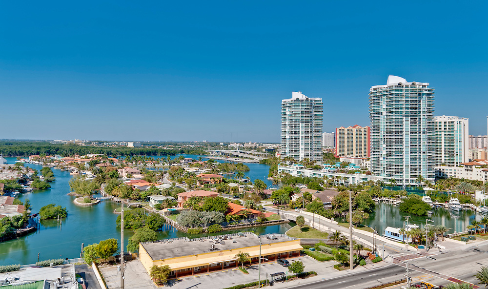 Aerial view of Miami Intracoastal and luxury properties and condominiums.