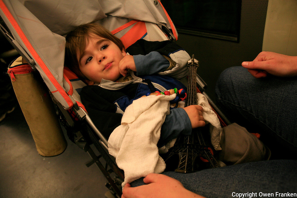 child on the paris metro