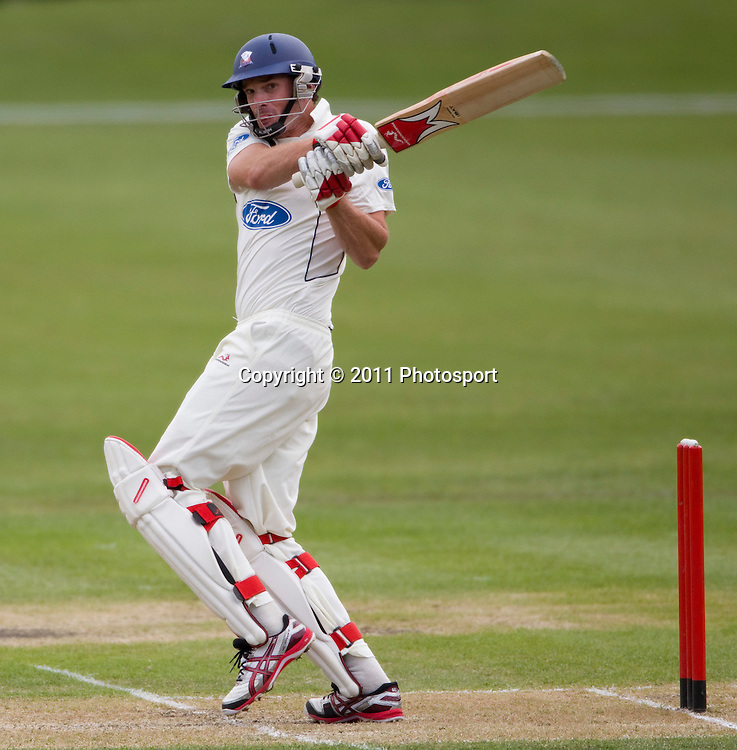 Auckland batsman Kyle Mills on day 2 of the 4 Day Plunket Shield cricket match between the Canterbury Wizards and Auckland Aces. Played on MainPower Oval in Rangiora, Canterbury. Tuesday 15 November 2011. Joseph Johnson/photosport.co.nz