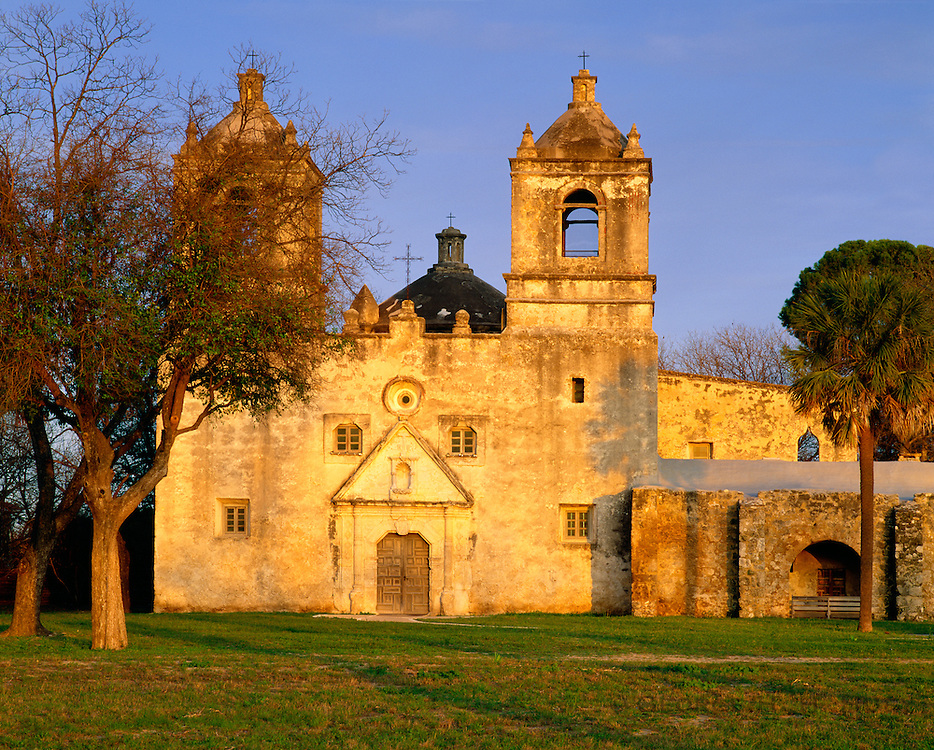 0506-1016 ~ Copyright:  George H. H. Huey ~ Convento and church at Mission Concepcion [completed 1755].  At dusk.   San Antonio Missions National Historical Park, Texas.