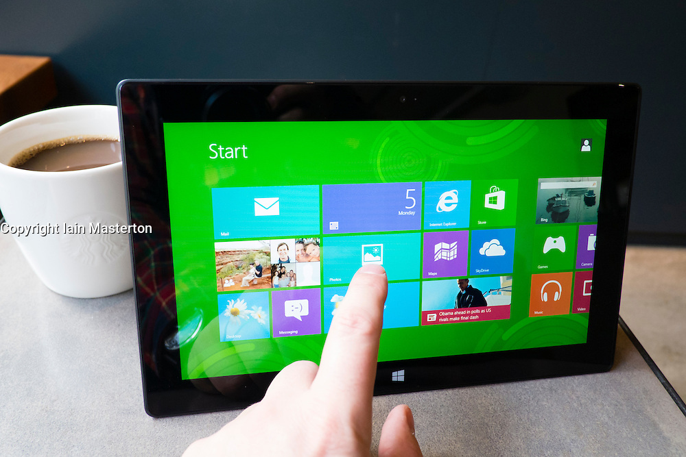 Using Windows 8 on a Microsoft Surface rt tablet computer