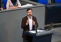 DEU, Deutschland, Germany, Berlin, 01.02.2018: Fabio De Masi (Die Linke) bei einer Rede im Deutschen Bundestag.