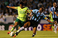 20120527: PORTO ALEGRE, RS, BRAZIL -Player Felipe  of  S.E. Palmeiras and Gilberto Silva Gremio during Palmeiras Vs Gremio FPA team match for Brazilian Championship. <br />