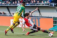 DEN HAAG - ADO Den Haag - Feyenoord , Voetbal , Eredivisie , Seizoen 2016/2017 , Kyocera Stadion , 19-02-2017 , Feyenoord speler Eric Botteghin (r) in duel met ADO Den Haag speler Guyon Fernandez (l)