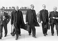 Some pilgrim priests at Knock Airport for the inaugural flight to Rome, 25 October 1985<br /> (Part of the Independent Newspapers Ireland/NLI Collection)