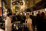 Patsy Kensit turns on Burlington Arcade Christmas Lights, Burlington Arcade, London, W1. 26 November 2008 *** Local Caption *** -DO NOT ARCHIVE -Copyright Photograph by Dafydd Jones. 248 Clapham Rd. London SW9 0PZ. Tel 0207 820 0771. www.dafjones.com