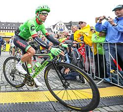 02.07.2017, Duesseldorf, GER, Tour de France, 2. Etappe von Düsseldorf (GER) nach Lüttich (BEL/203 km), im Bild URAN Rigoberto (COL, Team Cannondal-Drapac) // Rigoberto Uran of Columbia during Stage 2 from Duesseldorf (GER) to Luettich (BEL/203 km) of the 2017 Tour de France in Duesseldorf, Germany on 2017/07/02. EXPA Pictures © 2017, PhotoCredit: EXPA/ Martin Huber