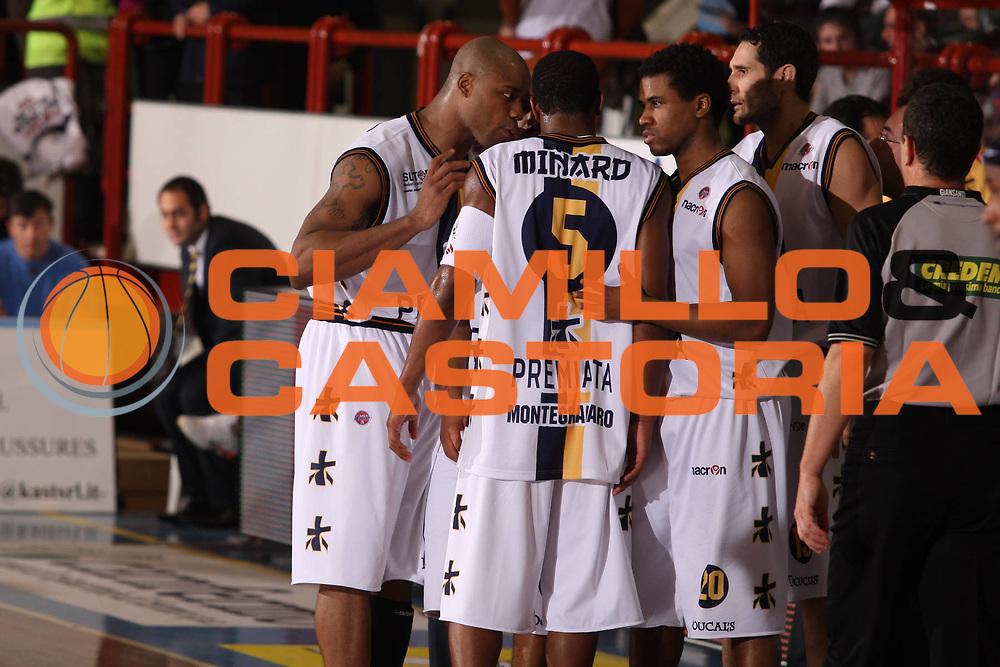 DESCRIZIONE : Porto San Giorgio Lega A1 2008-09 Premiata Montegranaro Eldo Caserta<br /> GIOCATORE : Team Premiata Montegranaro<br /> SQUADRA : Premiata Montegranaro<br /> EVENTO : Campionato Lega A1 2008-2009<br /> GARA : Premiata Montegranaro Eldo Caserta<br /> DATA : 20/12/2008<br /> CATEGORIA : ritratto <br /> SPORT : Pallacanestro<br /> AUTORE : Agenzia Ciamillo-Castoria/G.Ciamillo