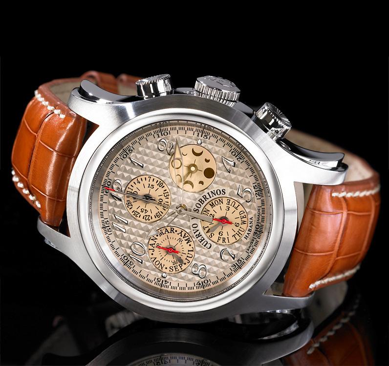 Still life photograph of a beautiful Cuervo Y Sobrinos watch.