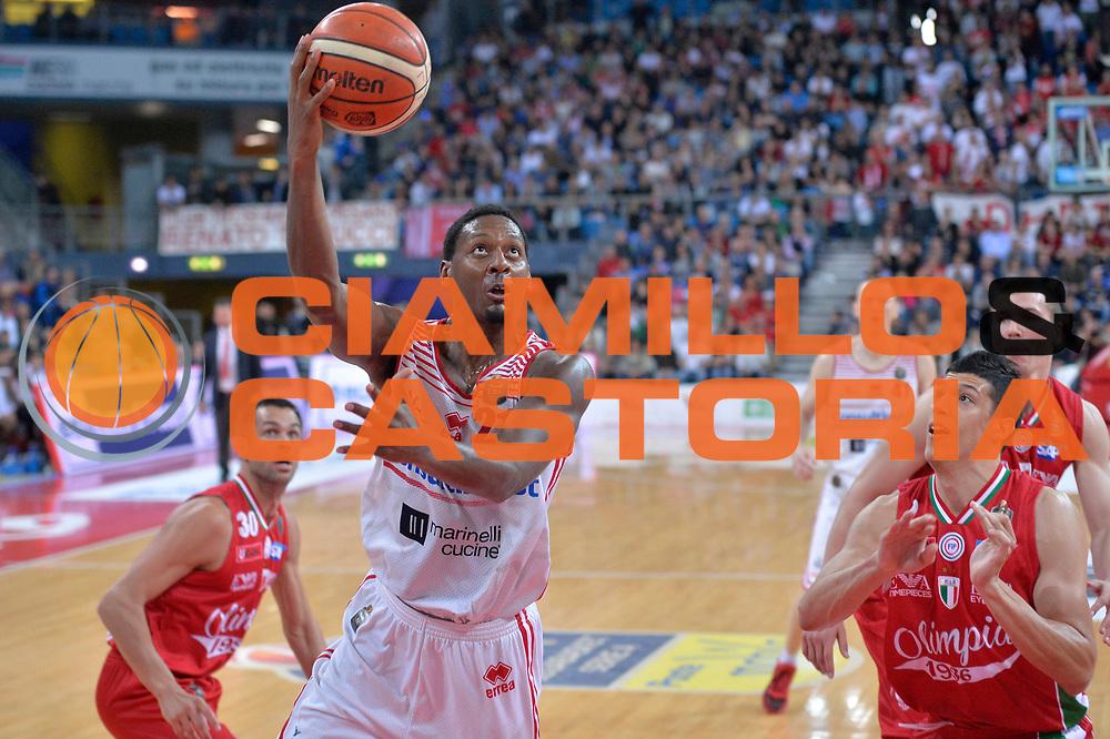 Jarrod Jones<br /> Consultinvest Victoria Libertas Pesaro - EA7 Emporio Armani Olimpia MIlano<br /> Lega Basket Serie A 2016/2017<br /> Pesaro, 30/04/2017<br /> Foto M.Ceretti / Ciamillo - Castoria