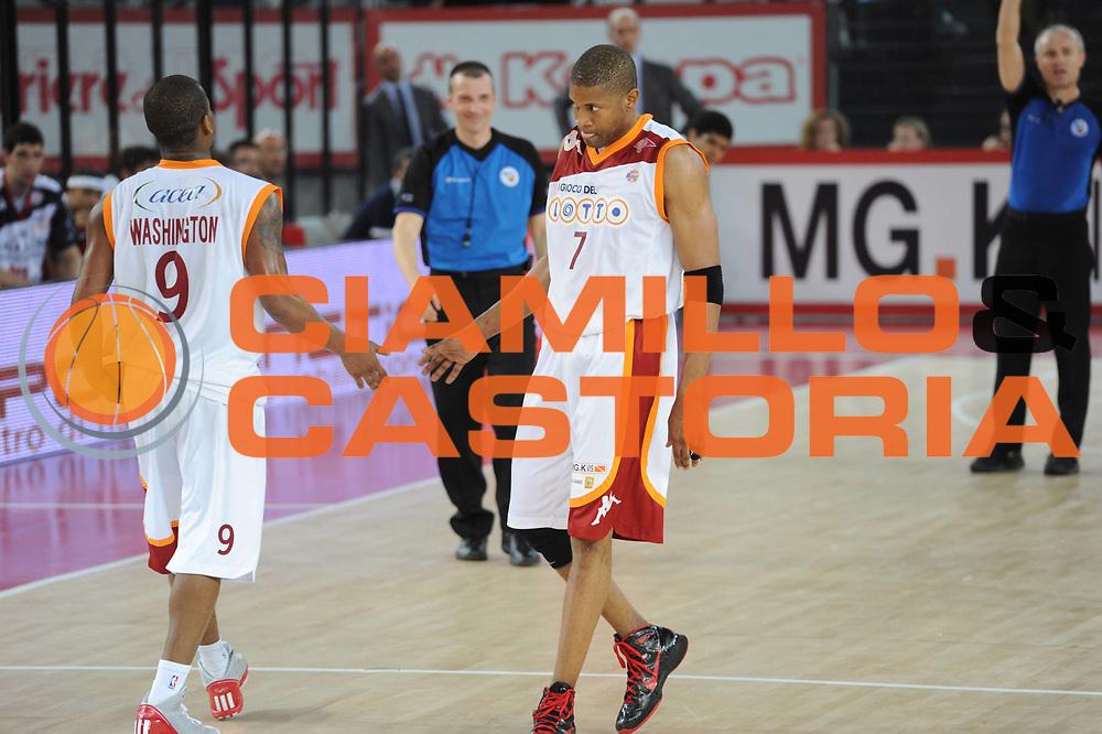DESCRIZIONE : Roma Lega A 2010-11 Lottomatica Virtus Angelico Biella<br /> GIOCATORE : Charles Smith<br /> SQUADRA : Lottomatica Virtus Roma Angelico Biella<br /> EVENTO : Campionato Lega A 2010-2011 <br /> GARA : Lottomatica Virtus Roma Angelico Biella<br /> DATA : 10/04/2011<br /> CATEGORIA : Delusione<br /> SPORT : Pallacanestro <br /> AUTORE : Agenzia Ciamillo-Castoria/GiulioCiamillo<br /> Galleria : Lega Basket A 2010-2011 <br /> Fotonotizia : Roma Lega A 2010-11 Lottomatica Virtus Roma Angelico Biella<br /> Predefinita :