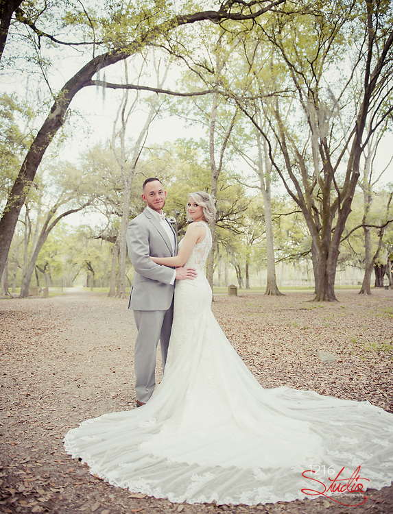 Kyle & Katie Wedding Photography Samples | Destrehan Plantation | 1216 Studio Wedding Photography