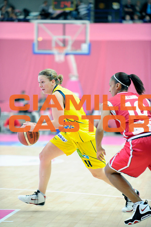 DESCRIZIONE : Ligue Feminine de Basket Ligue 1 Journee &agrave; Paris<br /> GIOCATORE : SINICO Manon<br /> SQUADRA : Calais<br /> EVENTO : Ligue Feminine 2010-2011<br /> GARA : Calais Mondeville<br /> DATA : 16/10/2010<br /> CATEGORIA : Basketbal France Ligue Feminine<br /> SPORT : Basketball<br /> AUTORE : JF Molliere par Agenzia Ciamillo-Castoria <br /> Galleria : France Basket 2010-2011 Action<br /> Fotonotizia : Ligue Feminine de Basket Ligue 1 Journee &agrave; Paris<br /> Predefinita :