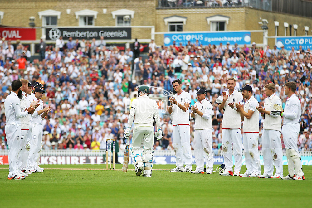 England players applaud Michael Clarke captain of Australia for his last ever test match during the 1st day of the 5th Investec Ashes Test match between England and Australia at The Oval, London, United Kingdom on 20 August 2015. Photo by Phil Duncan.