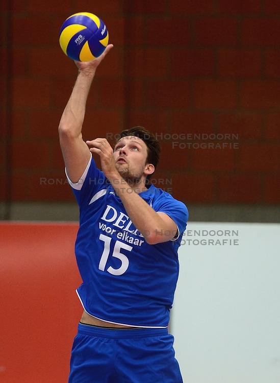 17-05-2013 VOLLEYBAL: BELGIE - NEDERLAND: KORTRIJK<br /> Nederland wint de eerste oefenwedstrijd met 3-0 van Belgie / Thomas Koelewijn<br /> &copy;2013-FotoHoogendoorn.nl