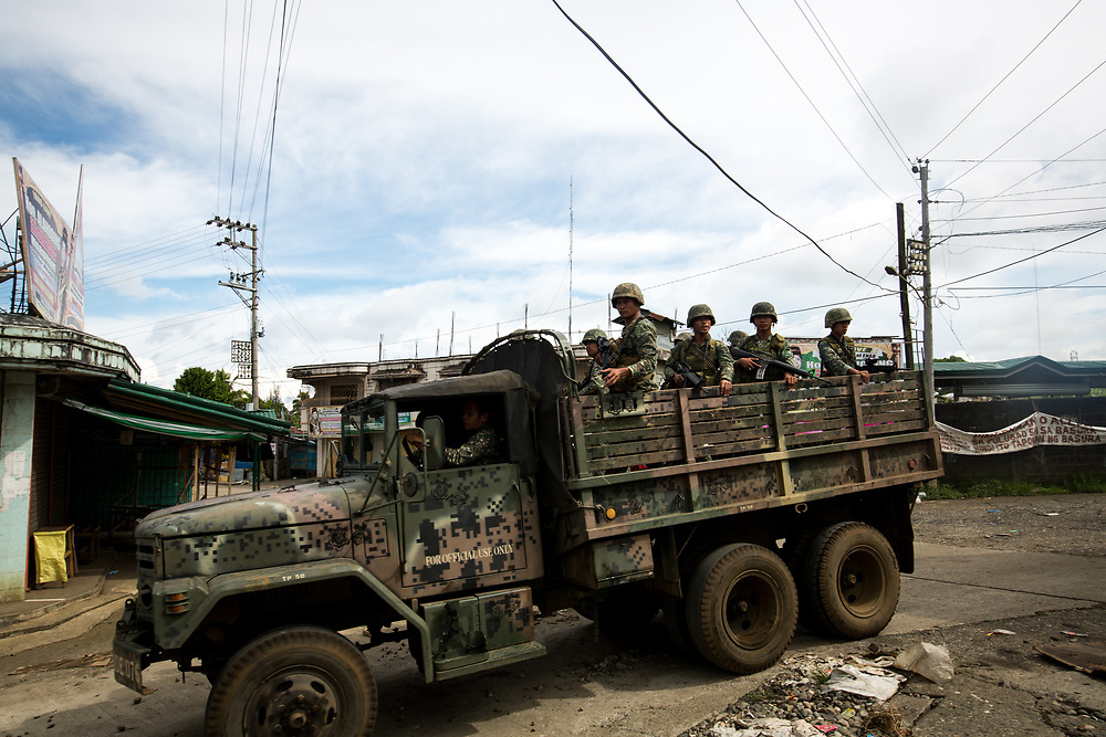 MARAWI, PHILIPPINES - JUNE 7: Philippine troops continue to move forward to fight Islamist rebels while government troops are trying to recover other estimated 2000 civilians who are trap inside the town of Banggolo area, Marawi City in Southern Philippines, June 7, 2017. Islamist rebels together with Maute group attacked and occupied high rise buildings where all snipers are position. (Photo: Richard Atrero de Guzman/NUR Photo)