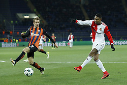 (L-R) Bohdan Butko of FC Shakhtar Donetsk, Jean-Paul Boetius of Feyenoord during the UEFA Champions League group F match between Shakhtar Donetsk and Feyenoord Rotterdam at Metalist Stadium on November 01, 2017 in Kharkiv, Ukraine