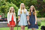 Koninklijke fotosessie 2016 op landgoed De Horsten ( het huis van de koninklijke familie)  in Wassenaar.<br /> <br /> Royal photoshoot 2016 at De Horsten estate (the home of the royal family) in Wassenaar.<br /> <br /> Op de foto / On the photo: Prinses Amalia, Alexia en Ariane  / princesses Amalia, Alexia and Ariane