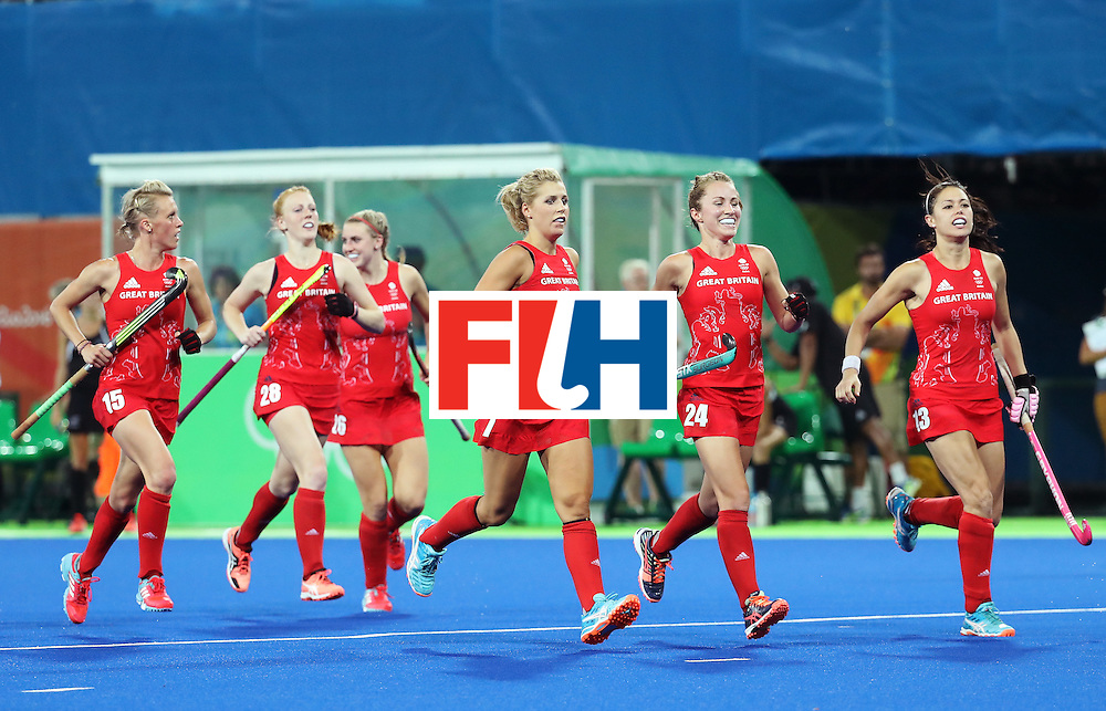 RIO DE JANEIRO, BRAZIL - AUGUST 17:  Great Britain players celebrates scoring a penalty goal during the Women's Semifinal match between New Zealand and Great Britain on Day 12 of the Rio 2016 Olympic Games at the Olympic Hockey Centre on August 17, 2016 in Rio de Janeiro, Brazil.  (Photo by Rob Carr/Getty Images)