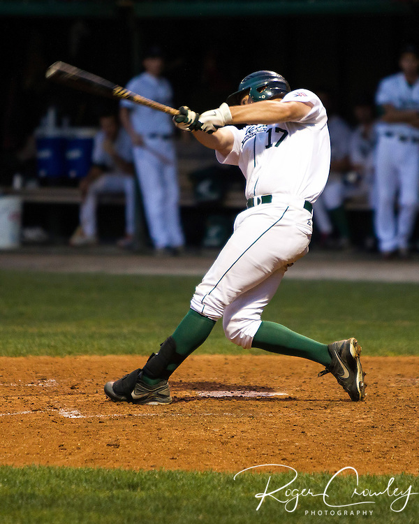 The Vermont Mountaineers defeated the Keene Swamp Bats with a walk-off hit by Dan Mendick scoring Brad Kaczka in the nineth and advance to the NECBL Western Division Finals.