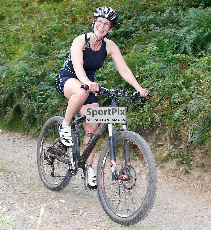 CRAGGY ISLAND TRIATHLON..... Leigh Murray competing in Craggy Island Triathlon..(c) STEPHEN LAWSON | SportPix.org.uk