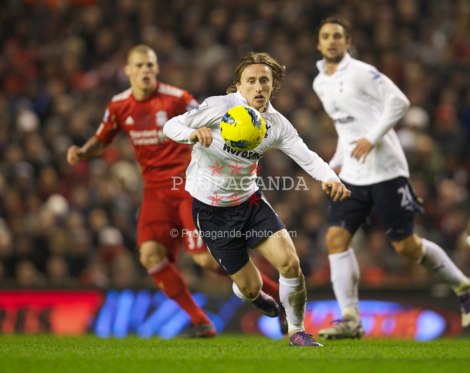 LIVERPOOL, ENGLAND - Monday, February 6, 2012: Tottenham Hotspur's Luka Modric in action against Liverpool during the Premiership match at Anfield. (Pic by David Rawcliffe/Propaganda)