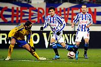 Fotball<br /> Nederland / Holland<br /> Foto: ProShots/Digitalsport<br /> NORWAY ONLY<br /> <br /> voetbal sc heerenveen - fc ventspils europa leaque seizoen 2009-2010 16-12-2009 tarik elyounoussi biedt sibon de kans te scoren