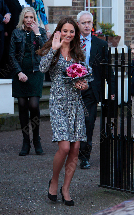 19.FEBRUARY.2013. LONDON<br /> <br /> KATE MIDDLETON VISITS HOPE HOUSE IN CLAPHAM, LONDON<br /> <br /> BYLINE: EDBIMAGEARCHIVE.CO.UK<br /> <br /> *THIS IMAGE IS STRICTLY FOR UK NEWSPAPERS AND MAGAZINES ONLY*<br /> *FOR WORLD WIDE SALES AND WEB USE PLEASE CONTACT EDBIMAGEARCHIVE - 0208 954 5968*