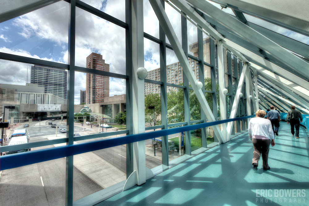 The Link above ground walkways at Crown Center in Kansas City.