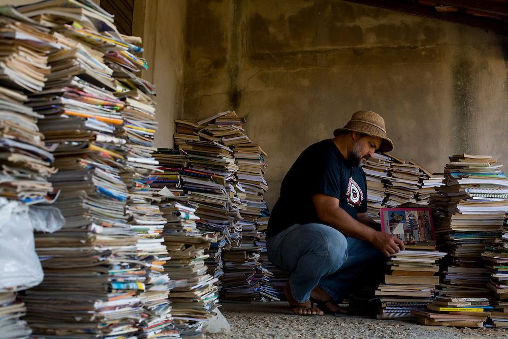 Pirapora _ MG, 21 de Junho de 2008..Revista Globo Rural...Projeto Generosidade - Leo do Peixe...Na foto, um dos depositos de livro utilizados pelo Leo....Foto: LEO DRUMOND / AGENCIA NITRO