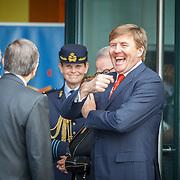 NLD/Den Haag/20150316 - Koning Willem - Alexander onthult gerestaureerde glazen koets<br /> <br /> King Willem-Alexander unveils restored glass carriage<br /> <br /> Op de foto: vertrek Koning Willem - Alexander