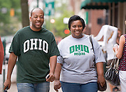 Mom's Weekend 2007: Out on Campus / Uptown..Terrez Thomas & Carolyn Thomas (Mom) © Ohio University / Photo by Rick Fatica