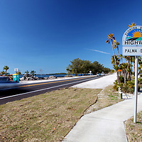 Florida Scenic Highway footage of the Palma Sola area in Bradenton, Florida. (AP Photo/Alex Menendez) Florida scenic highway photos from the State of Florida. Florida scenic images of the Sunshine State.
