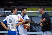 DESCRIZIONE : Caserta Lega A 2015-16 Pasta Reggia Caserta Banco di Sardegna Sassari<br /> GIOCATORE : Brian Sacchetti<br /> CATEGORIA : pregame riscaldamento fair play <br /> SQUADRA : Banco di Sardegna Sassari<br /> EVENTO : Campionato Lega A 2015-2016<br /> GARA : Pasta Reggia Caserta Banco di Sardegna Sassari<br /> DATA : 13/12/2015<br /> SPORT : Pallacanestro <br /> AUTORE : Agenzia Ciamillo-Castoria/G.Masi<br /> Galleria : Lega Basket A 2015-2016<br /> Fotonotizia : Caserta Lega A 2015-16 Pasta Reggia Caserta Banco di Sardegna Sassari