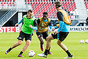 ALKMAAR - 19-10-2016, training persconferentie AZ, AFAS Stadion, AZ speler Stijn Wuytens, AZ speler Derrick Luckassen, AZ speler Wout Weghorst