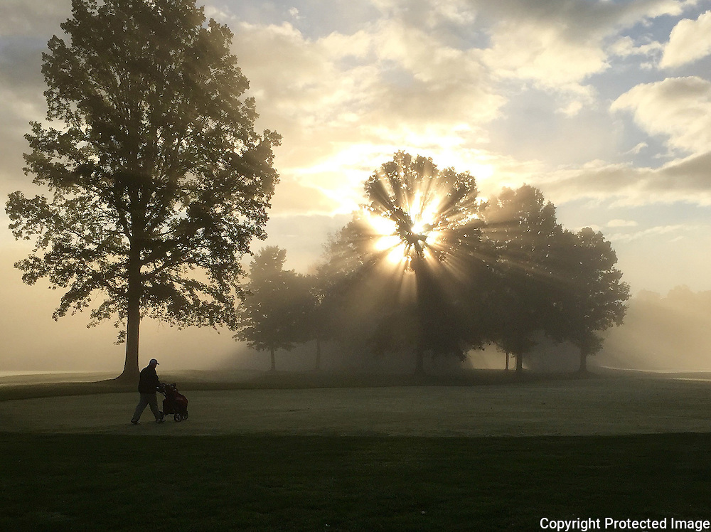 Early monring golf in Ohio