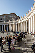 Rome, Vatican Museums, queuing for entering at Basilica  di S. Pietro. Piazza San Pietro