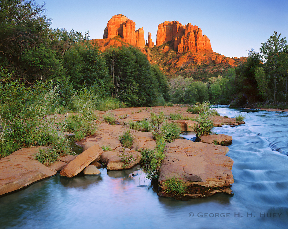 0142-1045LVT ~ Copyright: George H. H. Huey ~ Cathedral Rock [aka Courthouse Butte], and Oak Creek at sunset, Sedona. Coconino National Forest, Arizona.