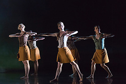 """© Licensed to London News Pictures. 18/11/2014. London, England. Simone Damberg Würtz, Vanessa King, Hannah Rudd, Carolyn Bolton and Lucy Balfour performing Terra Incognita choreographed by Shobana Jeyasingh.  British dance company """"Rambert"""" perform their new show """"Triptych"""" at Sadler's Wells Theatre from 18 to 22 November 2014. Choreographed by Shobana Jeyasingh with Luke Ahmet, Lucy Balfour, Adam Blyde, Carolyn Bolton, Simone Damberg Würtz, Dane Hurt, Vanessa King, Adam Park, Hannah Rudd and Pierre Tappon dancing. Photo credit: Bettina Strenske/LNP"""