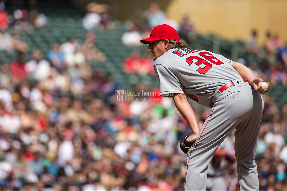 MINNEAPOLIS, MN- APRIL 16: Jered Weaver #36 of the Los Angeles Angels pitches against the Minnesota Twins on April 16, 2016 at Target Field in Minneapolis, Minnesota. The Twins defeated the Angels 6-4. (Photo by Brace Hemmelgarn) *** Local Caption *** Jered Weaver
